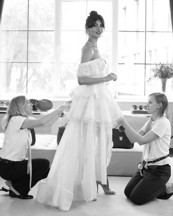 Свадебные платья: классические и необычные фасоны