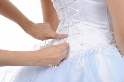 Как шнуровать свадебное платье: советы, пошаговые инструкции