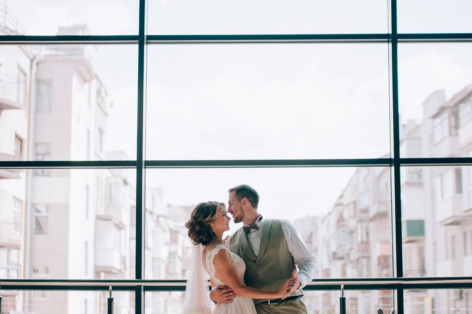 Свадебная фотосессия в студии: идеи и советы